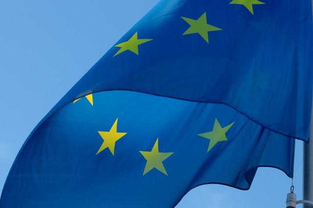 flag-2608475_1280.jpg